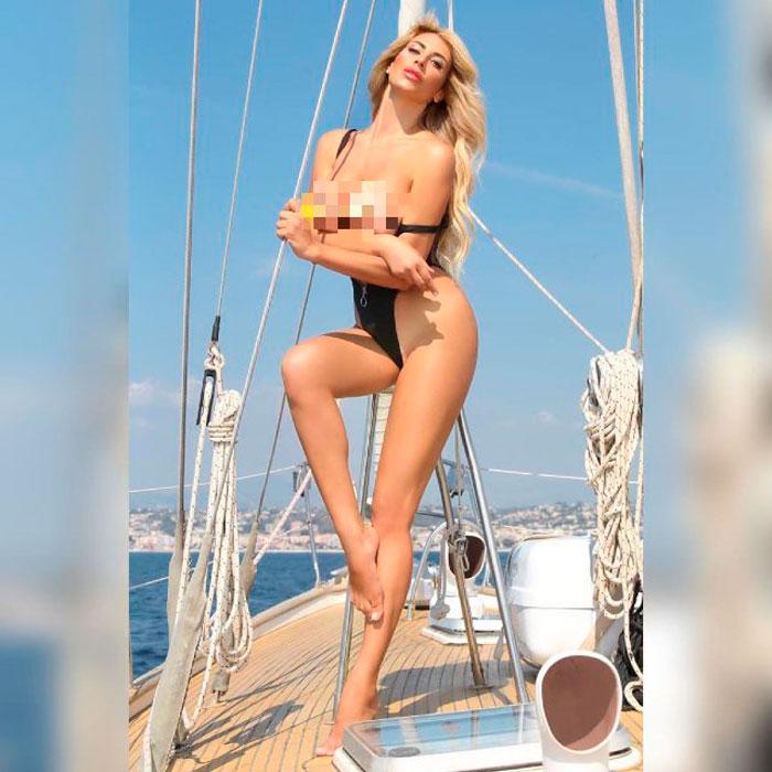Paola Caruso Pechos Posado Sin Ropa