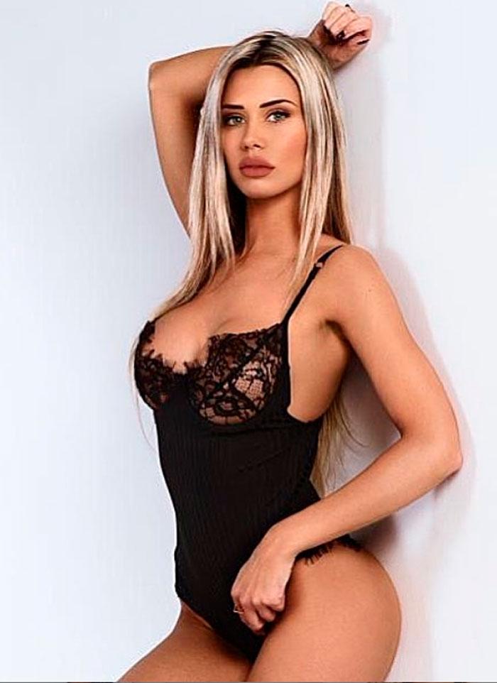 Carla Divinity 09
