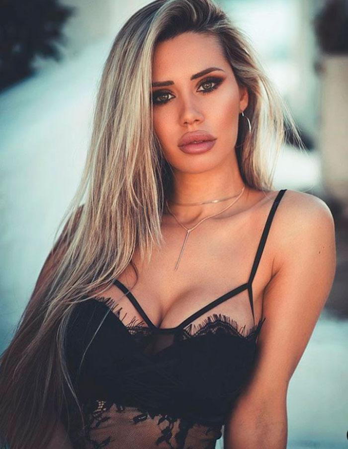 Carla Divinity Pretendienta Myhyv