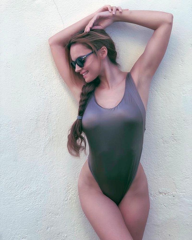 Melody Ruiz Espectacular Cuerpo Bañador
