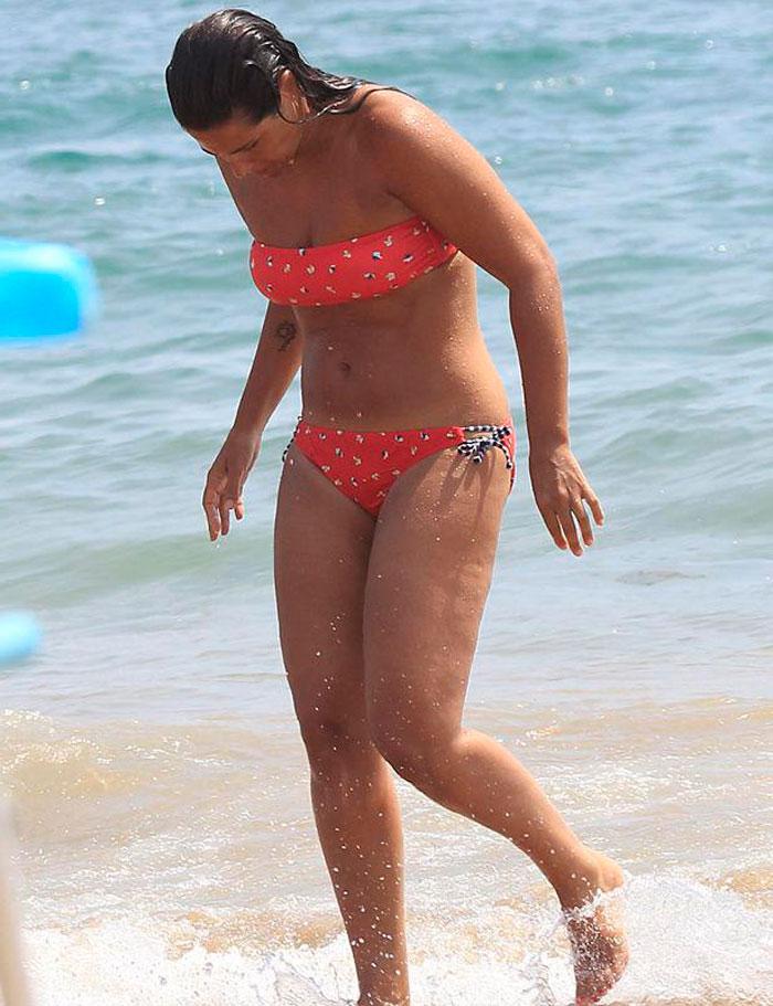 Nuria Roca Presentadora Radiofónica Bikini Playa 3
