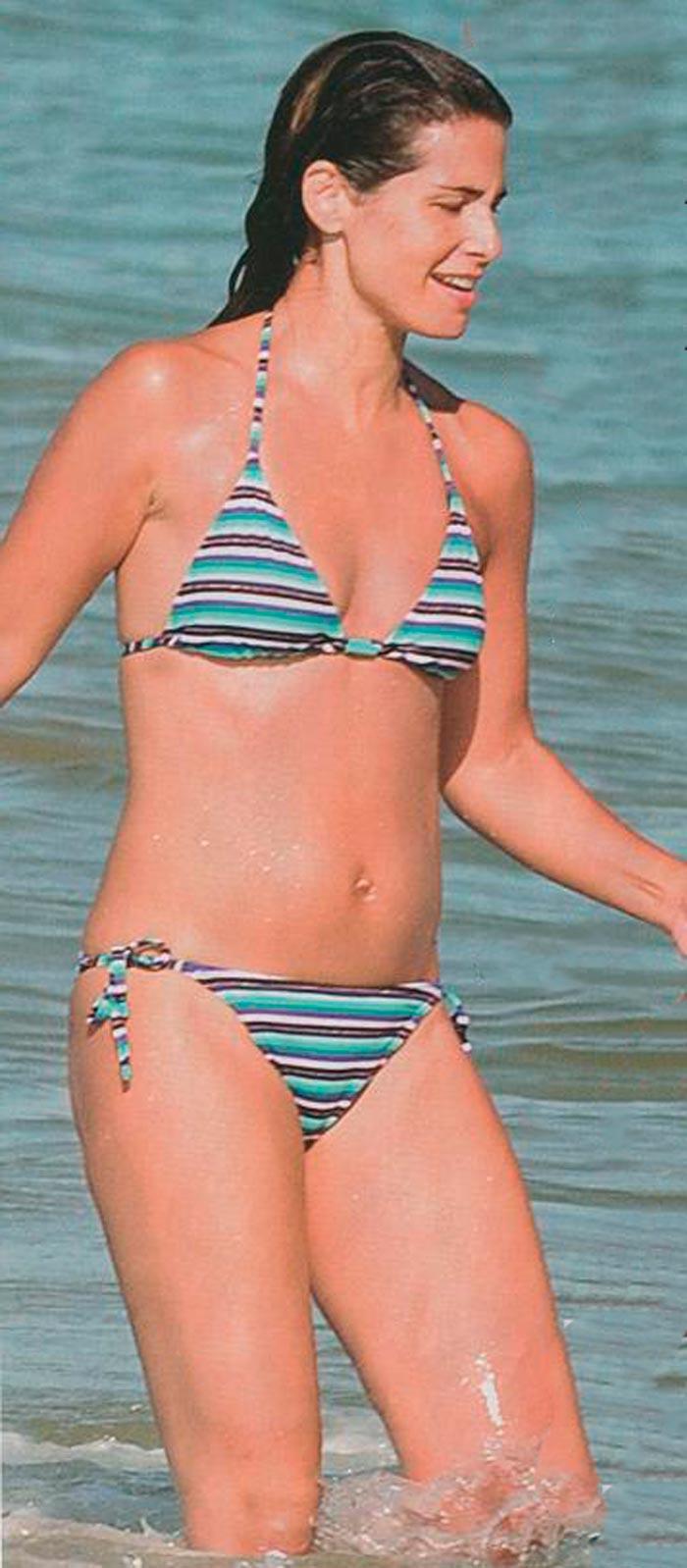 Nuria Roca Presentadora Valenciana Televisión Fotos Bikini 5