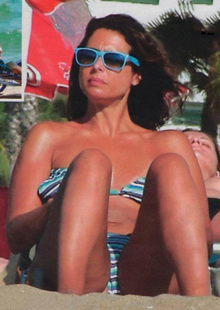 Nuria Roca Presentadora Valenciana Televisión Fotos Bikini 6