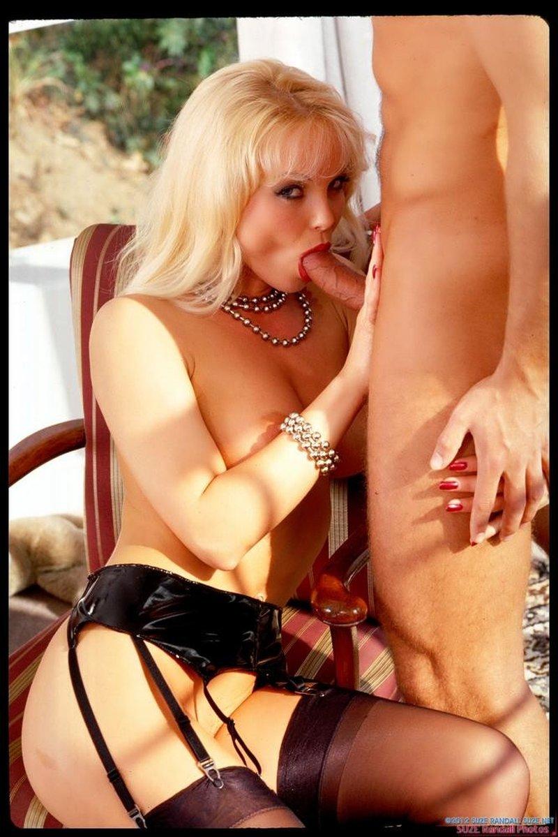 Silvia Saint Mejores Fotos Eróticas 12