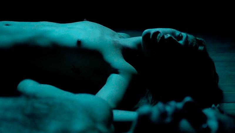 Asia Ortega Desnuda Tetas Película Mil Mentiras