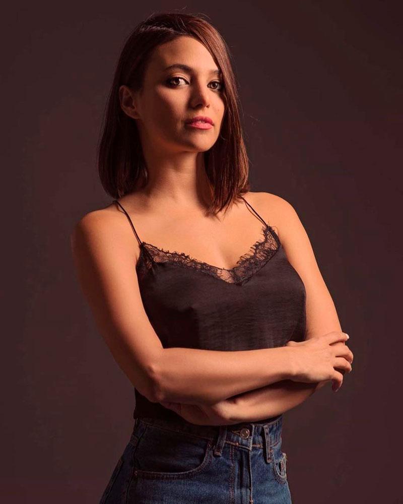 Elisa Mouliaa Fotos Sexys Instagram 6