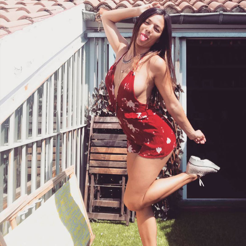 Elisa Mouliaa Modelitos Femeninos