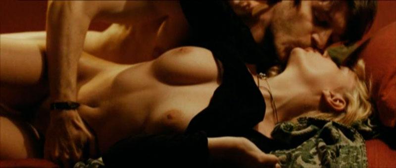 Miriam Giovanelli Desnuda Película Italiana