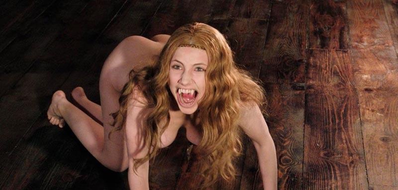 Miriam Giovanelli Desnuda Vampiresa Sexy