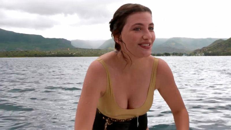 Miriam Giovanelli Pillada Topless Playa Tetas Fuera 3