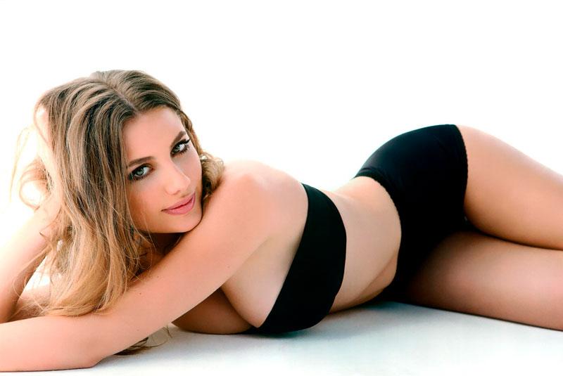 Miriam Giovanelli Posado Erótico Lencería 9