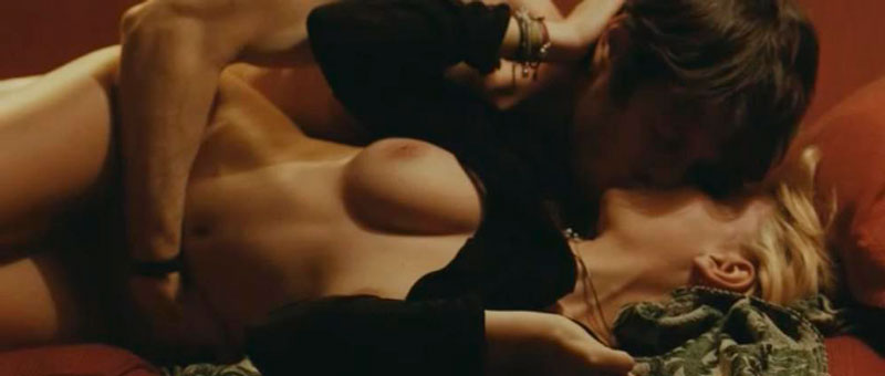 Miriam Giovanelli Sexo Escena Película Italiana