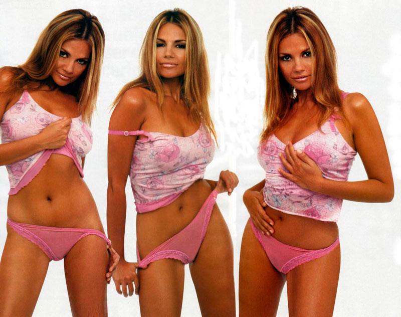 Sylvia Pantoja Bikini Concursante Reality Supervivientes 2021 4