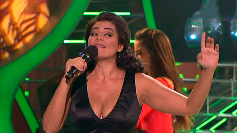Sylvia Pantoja Escote Cara Suena Antena 6
