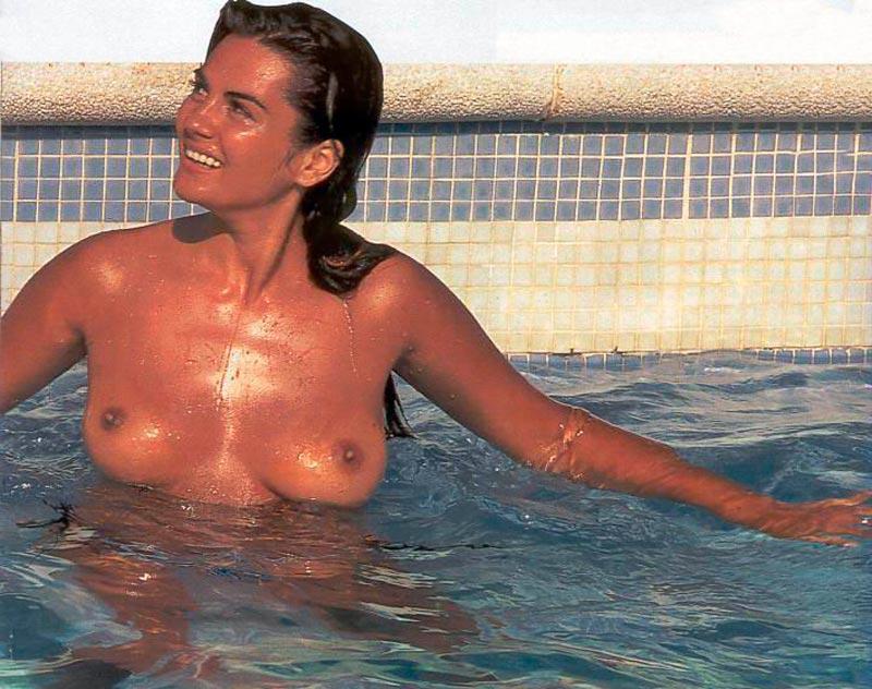 Sylvia Pantoja Pillada Topless Robado Paparazzi 4