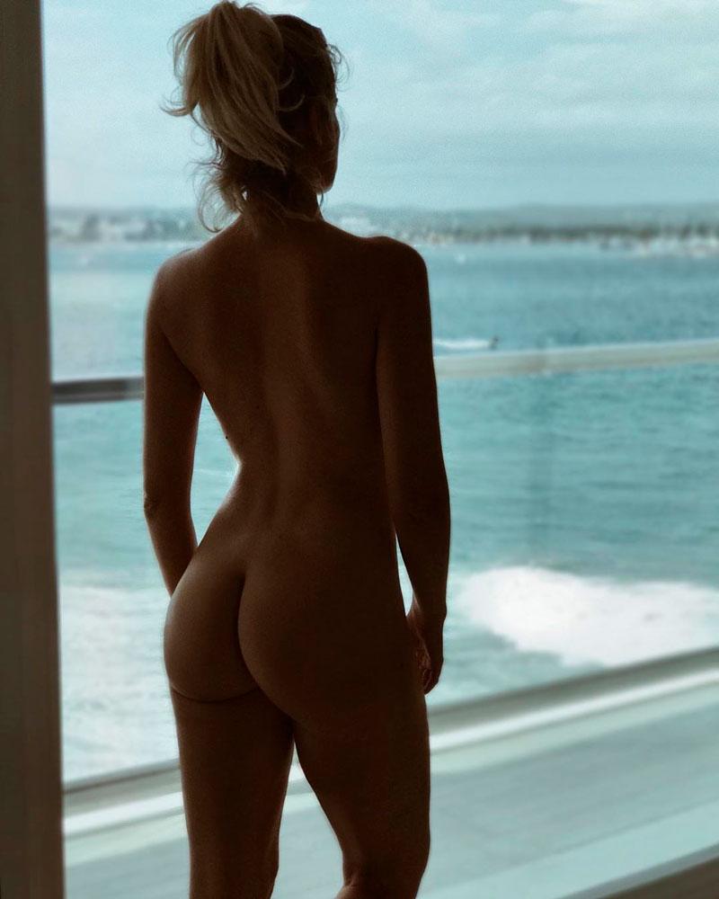 Adriana Abenia Desnuda Culo Trasero