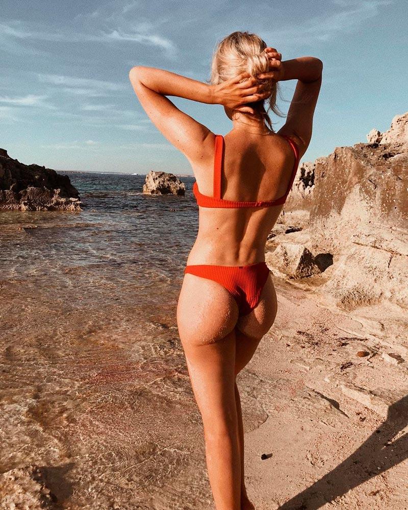 Adriana Abenia Espectacular Cuerpo Bikini 2