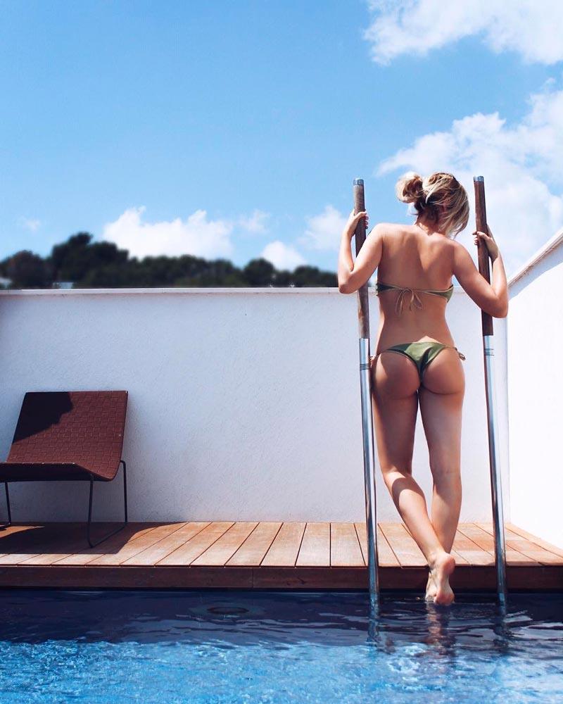 Adriana Abenia Espectacular Cuerpo Bikini 4