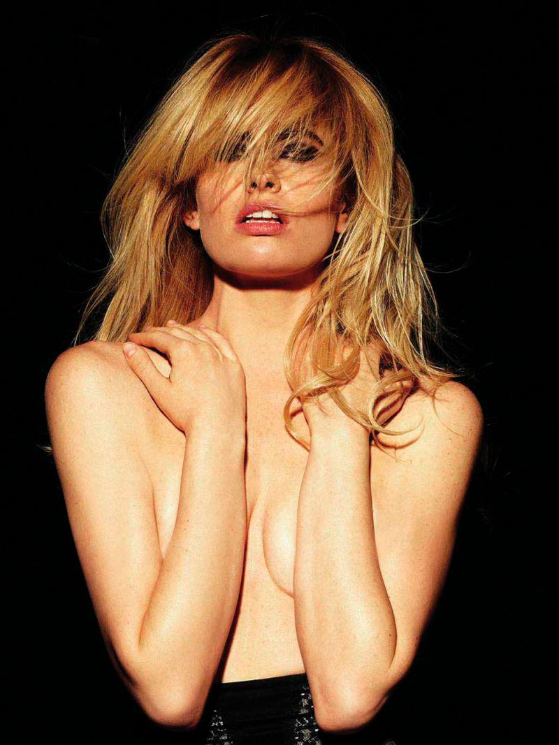 Adriana Abenia Fotos Eróticas Revista Fhm 6