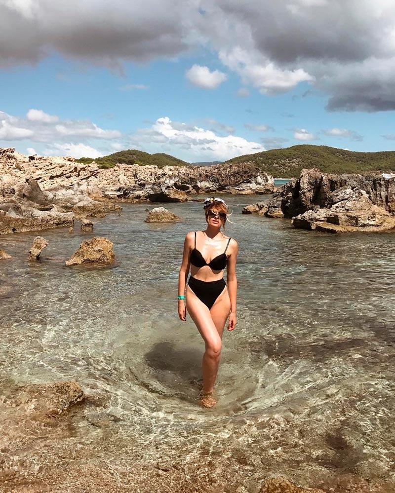 Adriana Abenia Fotos Sexys Bikini Mar 5