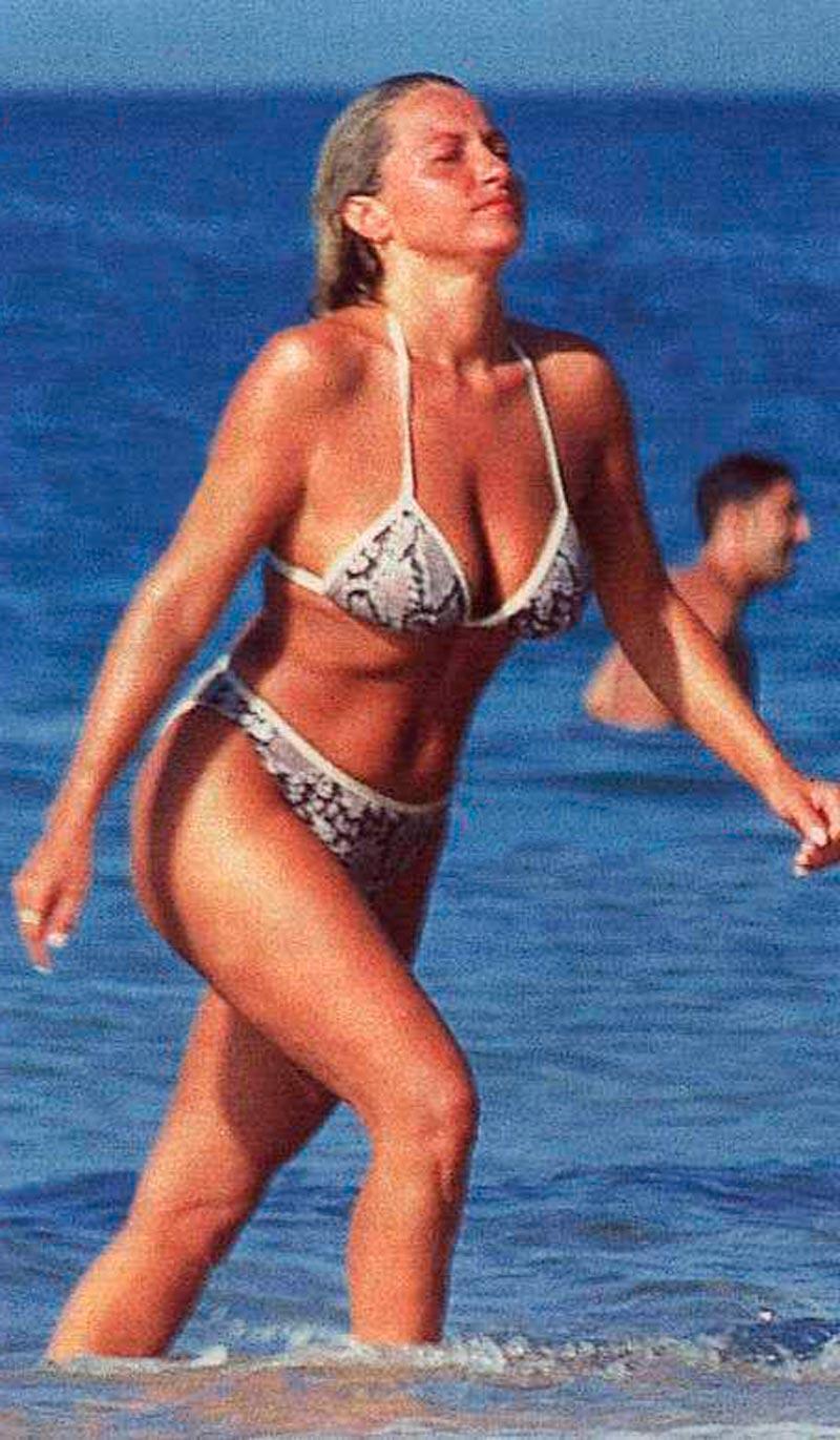Cristina Tárrega Fotos Sexys Bikini 2