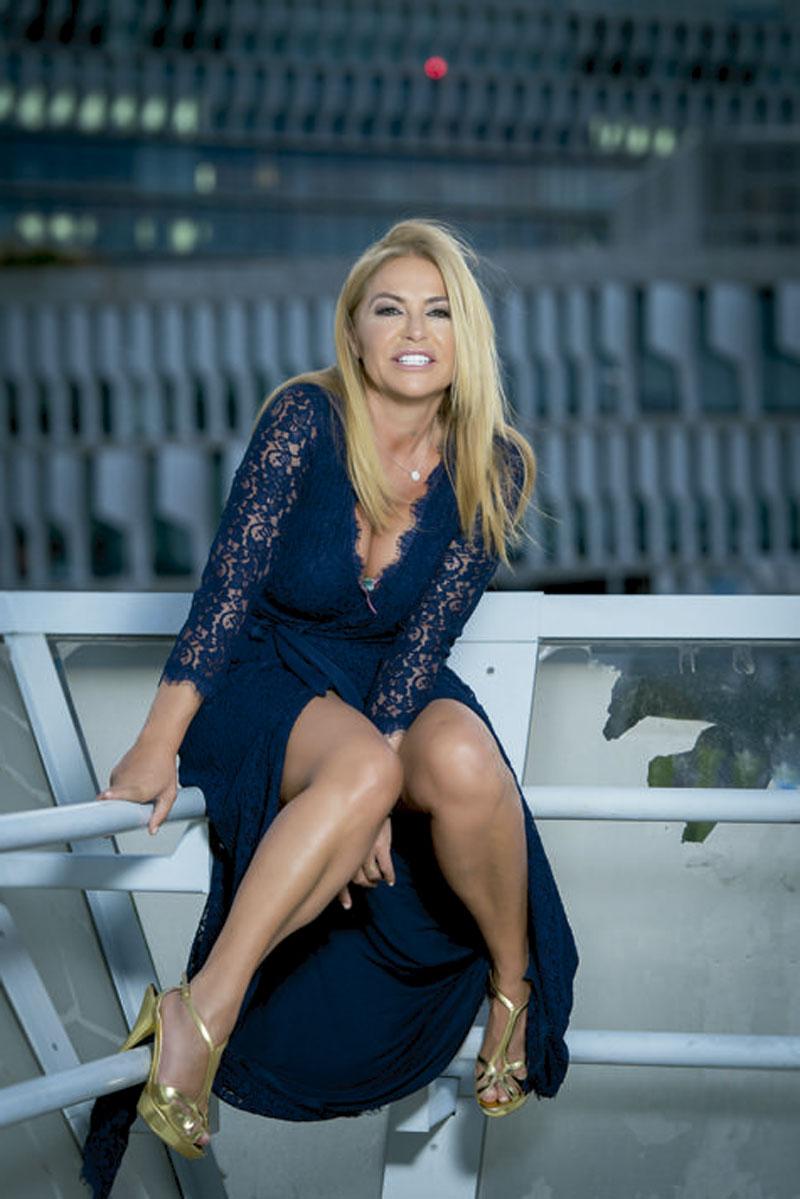 Cristina Tàrrega Locutora Radio Televisión