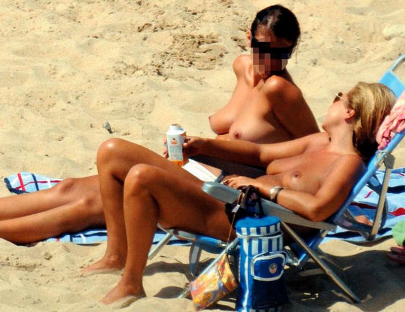 Cristina Tárrega Pillada Topless Playa 7