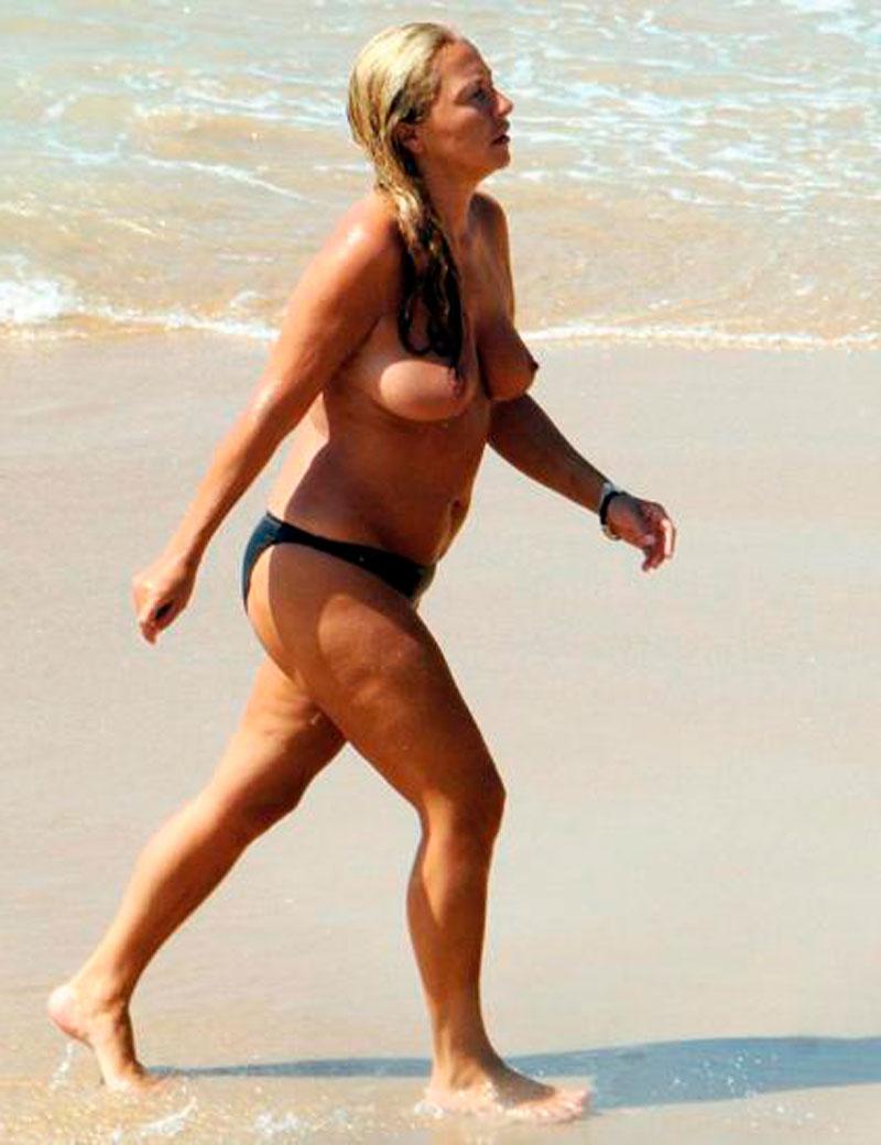 Cristina Tárrega Pillada Topless Playa