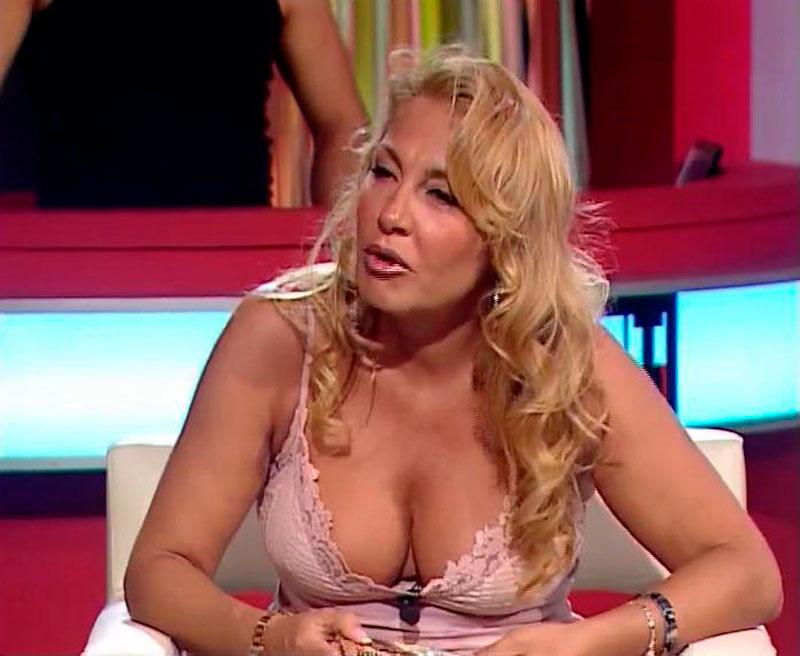 Cristina Tàrrega Presentadora Territorio Comanche