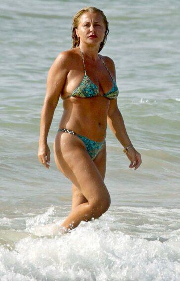Cristina Tárrega Topless Presentadora Territorio Comanche Telemadrid