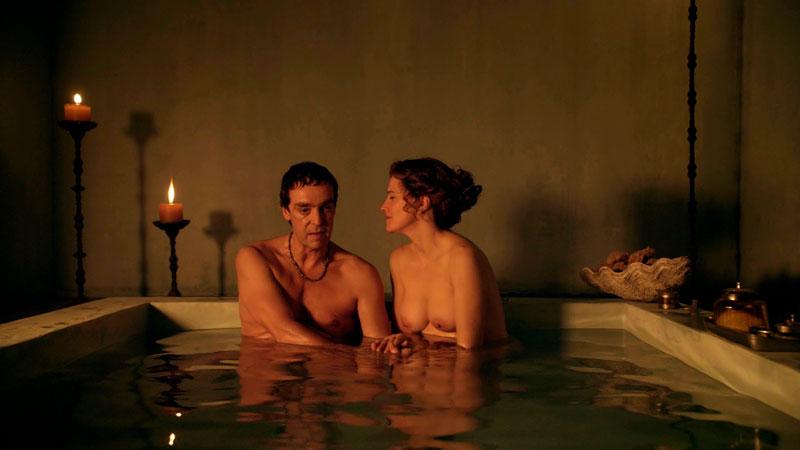 Lucy Lawless Lucrecia Desnuda Tetas Serie Spartacus 3