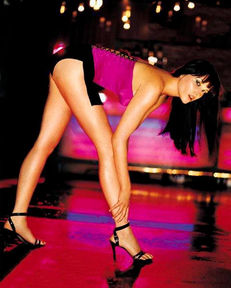 Lucy Lawless Fotos Eróticas Lencería 7