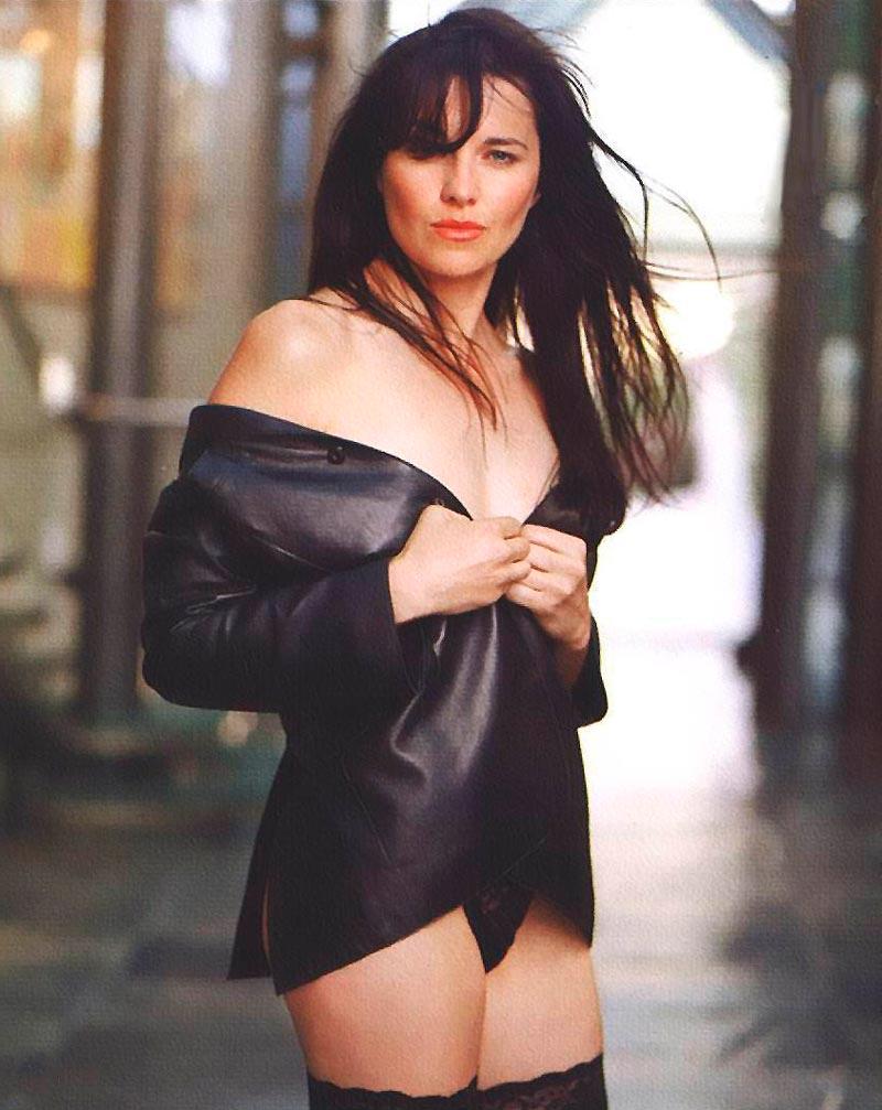 Lucy Lawless Fotos Eróticas Lencería