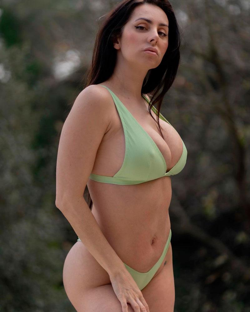 Mala Rodríguez Cuerpo Voluptuoso Espectacular Bikini 3