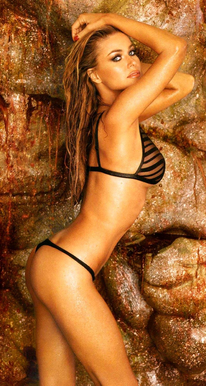 Carmen Electra Bikini Sexy 9