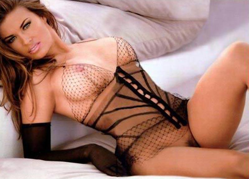 Carmen Electra Desnuda Fotos Eróticas 3