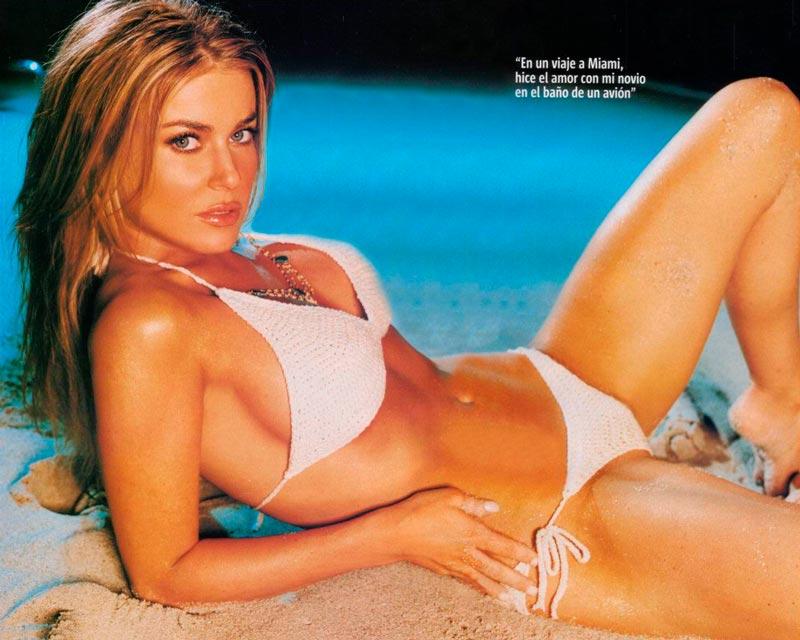 Carmen Electra Fotos Conejita Playboy 2
