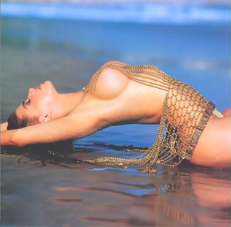 Carmen Electra Posado Pechos Tetas 5