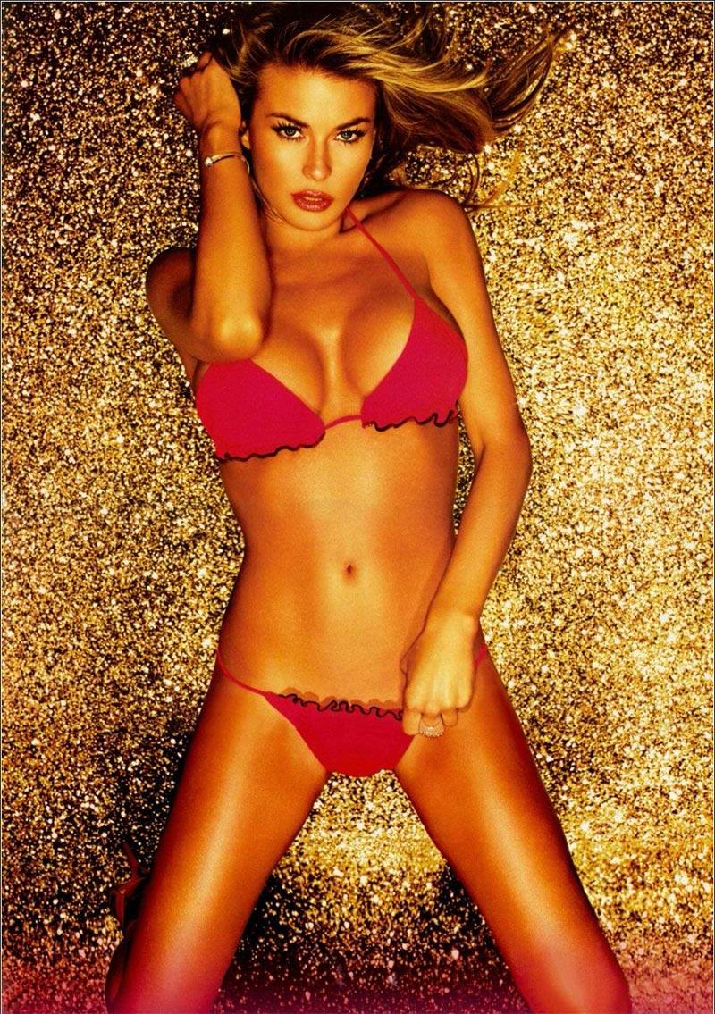 Carmen Electra Sexy Vigilantes Playa 2