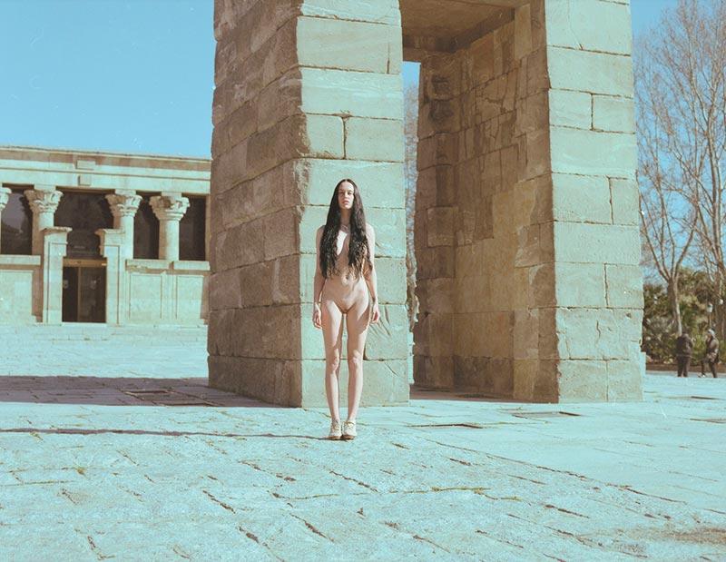 María Forqué Desnuda Modelo Exhibicionista Público Calle 2