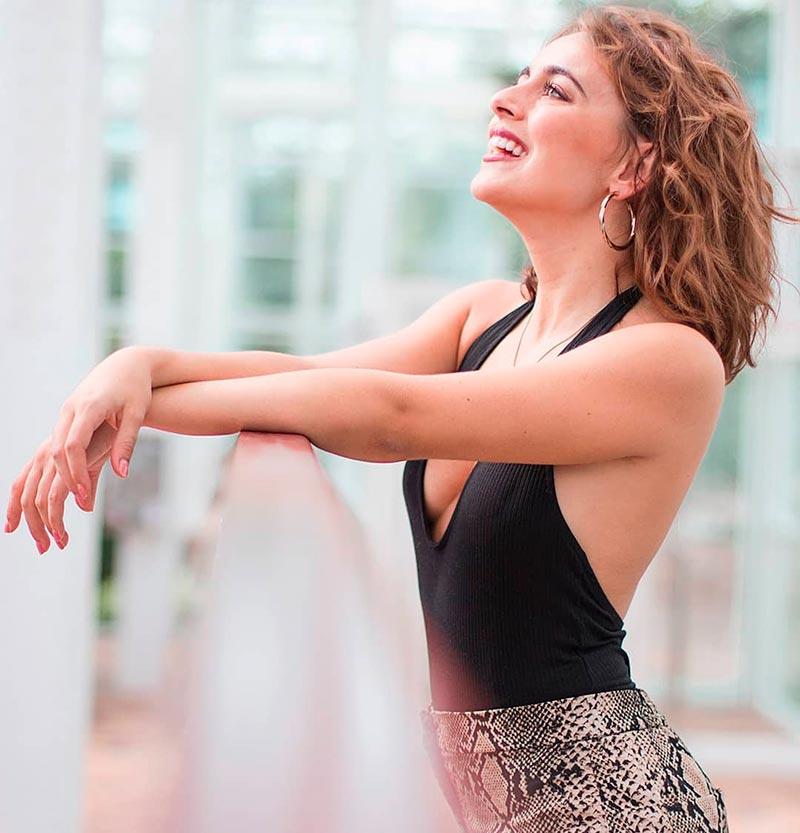 Lucía Caraballo Posado Sexy Modelito Ropa 8
