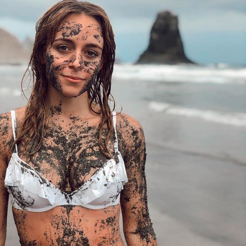 Lucía Caraballo Sujetador Cara Barro