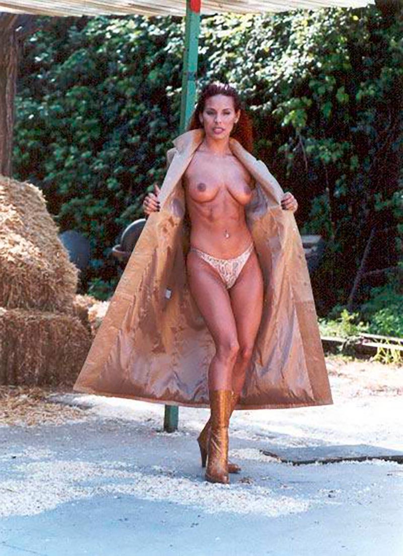 Chiqui Martí Topless Famosa Estríper Televisión 9