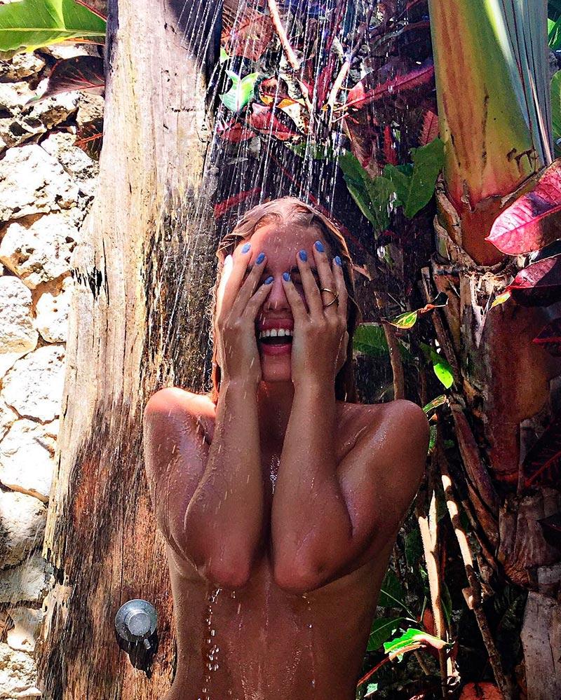 Jessica Goicoechea Topless Ducha