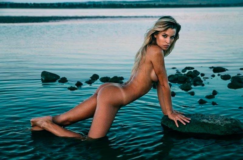 Jessica Goicoechea Topless Tapado Fotos Instagram 3