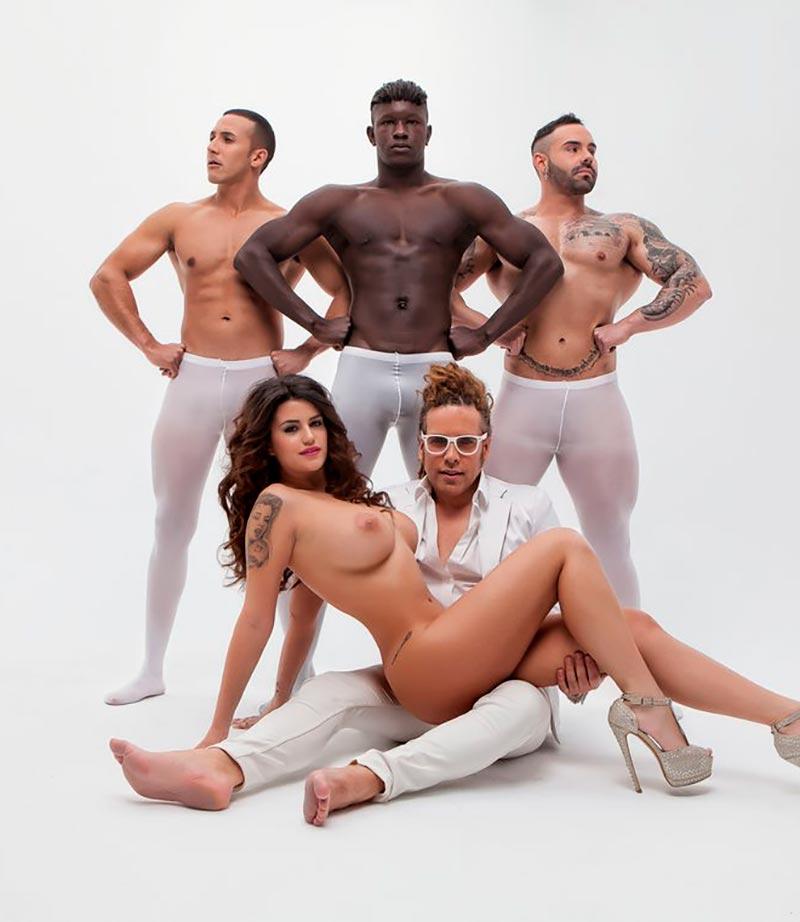 Lola Ortiz Desnuda Revista Primera Línea 14