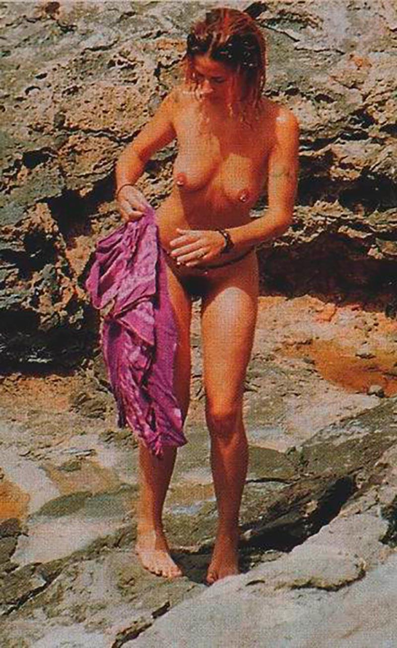 Silke Actriz Pillada Desnuda Playa 4
