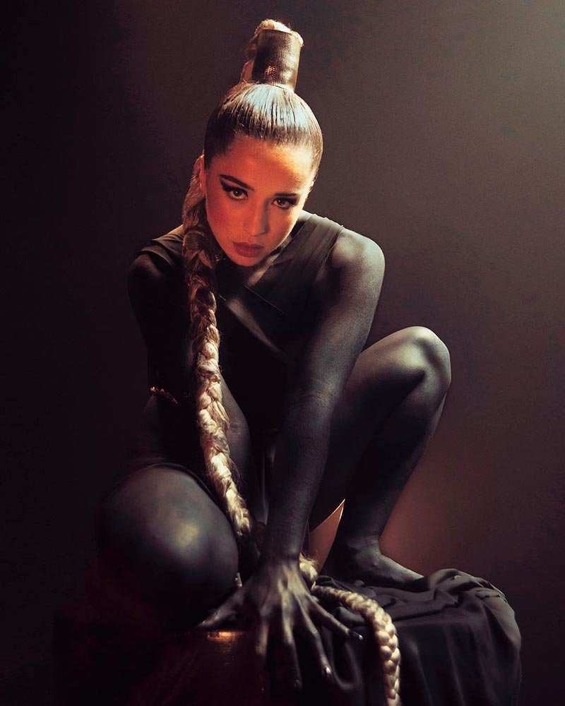 Lola Índigo Mimi Fotos Eróticas Artísticas 5