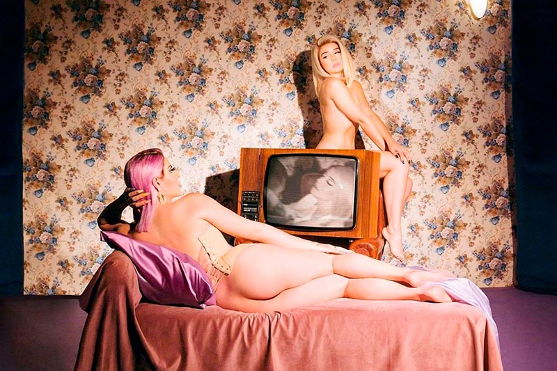 Lola Índigo Mimi Fotos Eróticas Artísticas 7